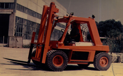 Balkancar  8 tonnás hidrosztatikus  targonca VAMO turbódízel motorral